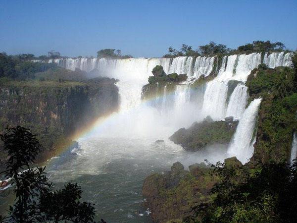 iguazu falls airport code argentina