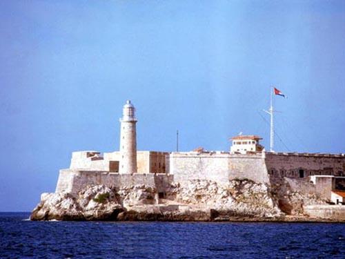 lighthouse_havana_harbor_cuba_photo_gov.jpg