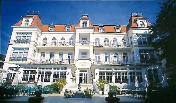 romantic hotel esplanade in heringsdorf usedom island germany photo. Black Bedroom Furniture Sets. Home Design Ideas