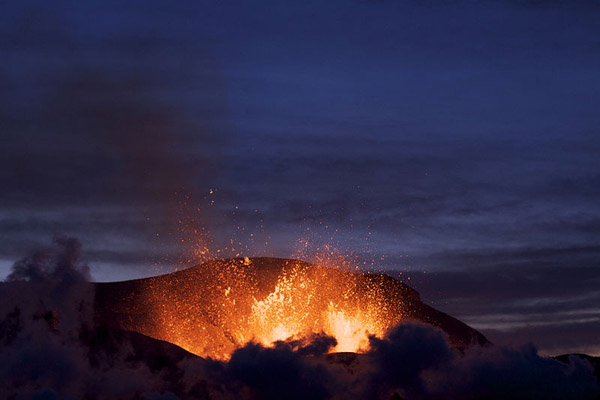 iceland volcano eruption 2010. In April 2010 .