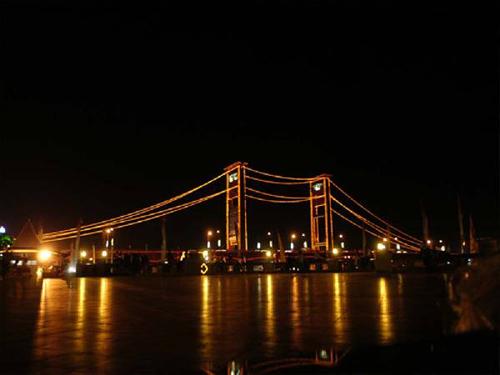 jumbatan ampera