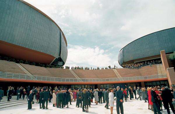 la faraonica struttura dell'auditorium di Roma ad opera di Renzo Piano