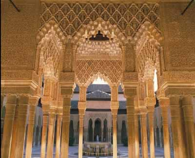 سقوط غرناطة .. الأندلس المفقود Court_of_the_lions_alhambra_granada_spain_photo_gov