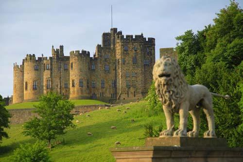 Alnwick United Kingdom  city images : Alnwick Castle, Northumberland, United Kingdom Photos Flags, Maps ...