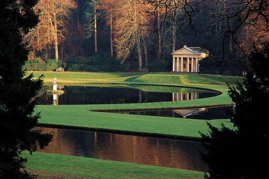 http://www.theodora.com/wfb/photos/united_kingdom/studley_royal_water_garden_uk_photo_gov.jpg